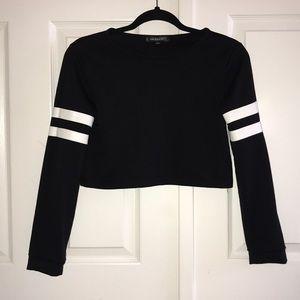 3/35 NWOT Black White Leather Stripes Crop Top